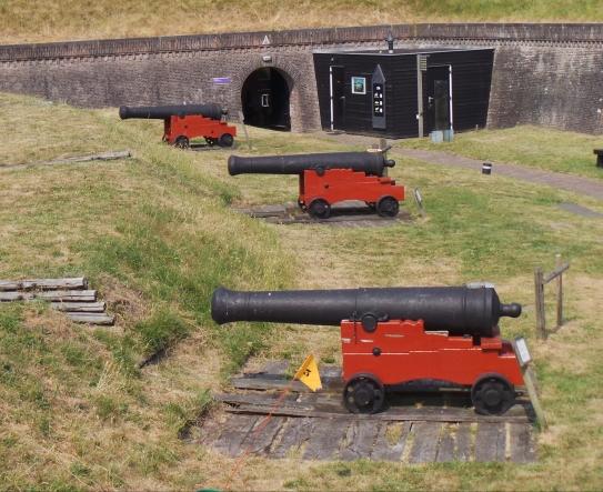 De kanonnen